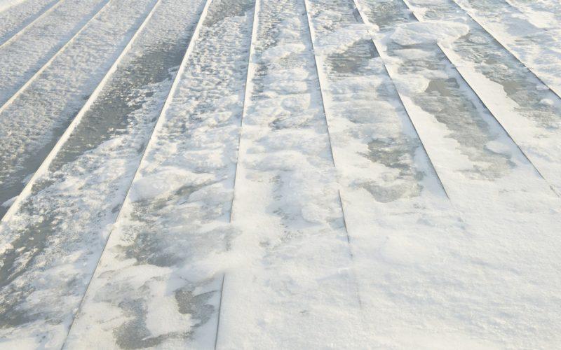 flat-roof-snow